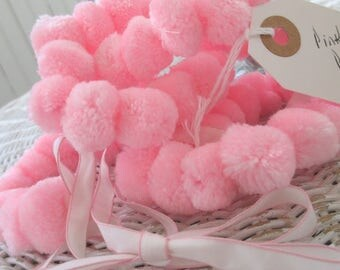 Vintage Handmade Pink Pom Pom Garland * Shabby Cottage * Nursery