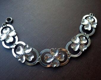 1940s Sterling Bracelet - Floral Design - Dogwood Flower - Sterling Silver