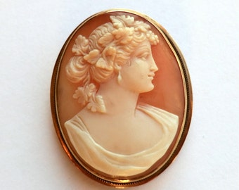 Vintage 14K Gold Cameo Pendant and Brooch Romantic Sentimental Jewelry