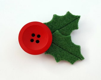 Rescued Wool Holly and Berry Pin - recycled wool by aliciatodd