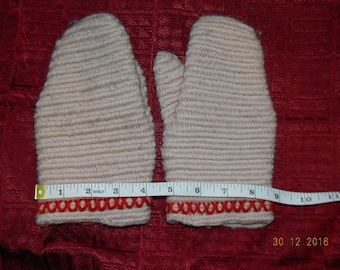Small Wool Mittens  - Nalbound