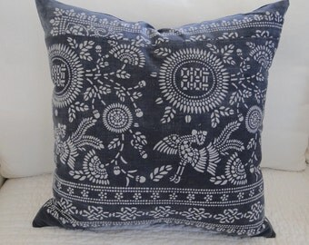 "22""  CHINESE INDIGO GRAY Batik Pillow Cover, tribal, ethnic, handmade"