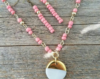 Pink jewelry set, coral jewelry set, pink jewelry, pink beaded jewelry, spring jewelry, spring jewelry set, mothers day jewelry, mom, gifts