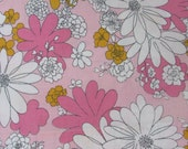 Vintage 70s Flower Power Pink Daisy Full Flat Cotton Muslin Sheet Cannon Monticello