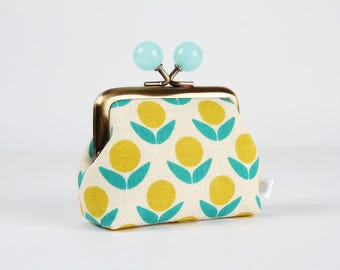 Metal frame coin purse with color bobbles - Stamped flowers in off white - Color mum / Japanese fabric / teal green yellow / Ellen Baker