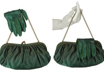 vintage 50s emerald green satin clutch purse + matching gloves, interior chain converts to handbag, ladylike matched color set, size XS