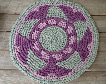 Ring Around the Roses, Round Rag Rug, Toothbrush/Amish-Knot Rug