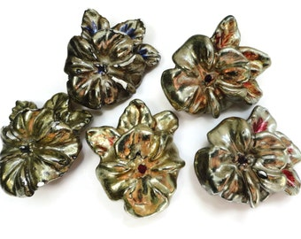 Abstract Floral Vintage Button - Large Antique Gold Plaster Flower Handmade 1.5 inches for Jewelry Beads Sewing Knitting