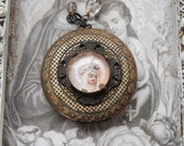 Vintage Le French Religious Locket