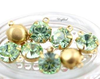 Preciosa Crystal Set Stones Vintage Glass Round Drop Connector Chrysolite Green 8mm - 4