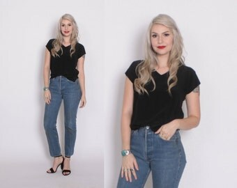 Vintage 80s LEVI'S JEANS / 1990s High Waisted Dark Blue Denim Fitted 501s XS