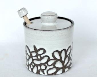 Honey Pot , White modern Floral