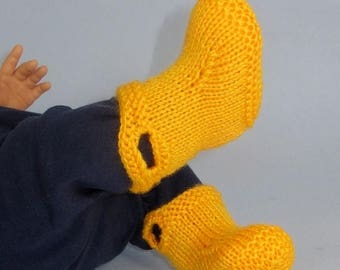 50% OFF SALE Digital pdf file knitting pattern -Baby Pull On Boots (Booties,bootees) pdf knitting pattern