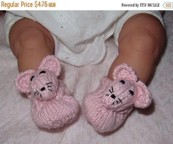 50% OFF SALE Instant Digital File pdf download knitting pattern- madmonkeyknits Baby Sugar Mouse Shoes pdf knitting pattern