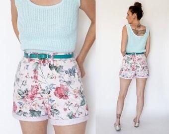 vintage 90s pastel FLORAL print high waist DENIM shorts M