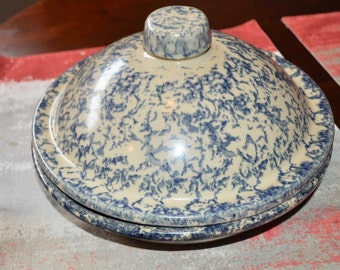 Robinson Ransbottom Pottery RRP Roseville Ohio Blue Wheat Sponge Ware Pie Plate Dish With Lid