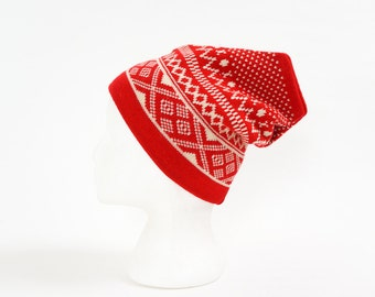 Vintage 1980s Womens Size Small Hat / Wool Knit Beanie Winter Hat VGC / Red White Geometric Pattern