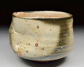 Handmade Stoneware Matcha Chawan Teabowl Tea Ceremony Glazed with Carbon Trap Shino