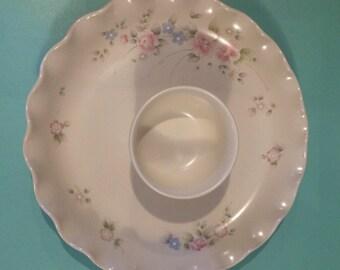Large Tea Rose Pfaltzgraff Fluted Chip and Dip Platter Set