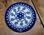 Boleslawiec Pottery, Kitchen Trivet, Pottery Hotplate, Polish Pottery, Round Hot Plate, Blue Green Brown, Tile Trivet, Grape Pattern