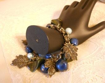 Charm Bracelet vintage 1960s leaves, beads