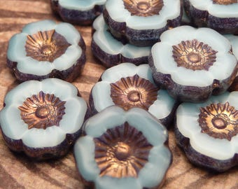 Periwinkle Glass Flower beads with bronze 11mm  - 4pc