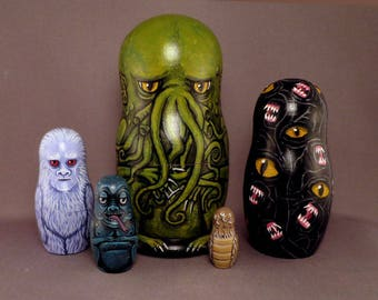 Reserved for tikirussy Cthulhu Mythos  Nesting Dolls Matryoshka Lovecraft Horror Figures Set of 5