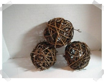 Grapevine Balls /Thin Vines & Glitter/ Set of 3/ Craft Supplies*
