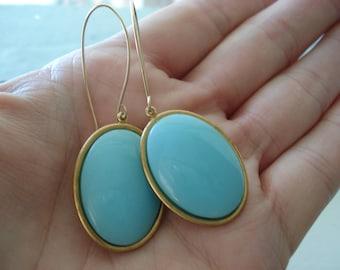 Vintage New Sleeping Beauty Turquoise Glass Dangle Earrings