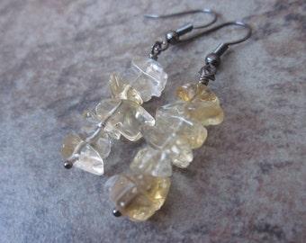 Citrine Gemstone Earrings, Smooth Pastel Yellow Stone Chips, Gunmetal Earrings, Natural Gemstone, Solar Plexus / Third Chakra Stone