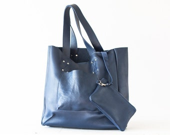 Shopper tote bag in Blue leather, shoulder bag women purse large bag raw edge leather tote - The Aella tote