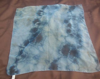 scarf / 80s vintage / accessory / tie dye / handkerchief / 22x22 / savannahwillow