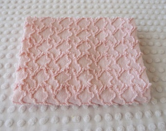 "Vintage Chenille Fabric - Cabin Crafts pink squiggles - 18"" x 24"" - 400-174"