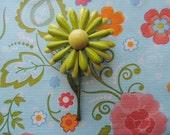 vintage lime daisy brooch 60s enamel flower power mod green pin