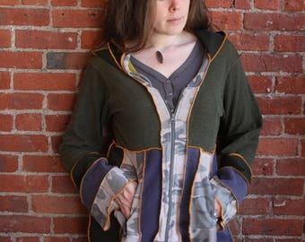 Camouflage sweatshirt hoodie-zip up- long hoodie- plus size/ large xl- navy blue- camo print- zip pockets- empure waist- flared sleeves