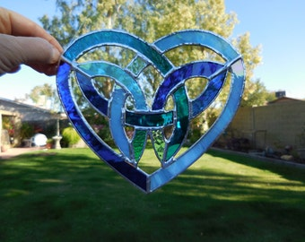 Stained Glass Celtic Knotwork Heart-Handmade-Suncatcher-Wedding Gift-Anniversary-Birthday-Window Decor-House Warming-Christmas-Unique Gift