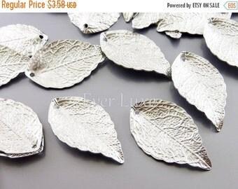 15% SALE 4 Matte silver 3D single leaf charms, silver jewelry pendants, necklace bracelet pendants, craft supplies 1957-MR (matte silver, 4