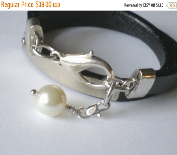 ON SALE Chic Mini Leather Pearl Wrap Bracelet.. Personalized Black Leather Double Wrap ID Cuff