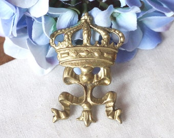 Vintage Brass Brooch Crown and Ribbon
