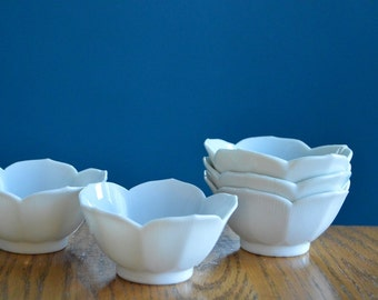 Set of 5 Vintage White Lotus Bowls