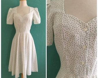 reserved ~ 70's cotton calico print dress // white floral summer dress ~ xs small