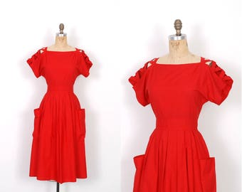 Vintage 1980s Dress / 80s Red Cotton Sundress with Cutout Shoulders / Full Skirt ( small S )