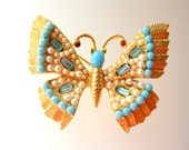 1950 Vintage Jeweled Butterfly Pin - turquoise, Aquamarine & Pearls on gold setting - unsigned beauty figural butterfly pin - art.677/4 -