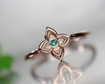 Lucky Clover Green Emerald 14k Rose Gold Ring Saint Patrick's Day Gift Idea Her Delicate Genuine Gemstone Band May Birthstone - Glücksklee