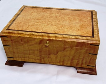 Stunning wooden mens valet box Premium curly burly White Oak