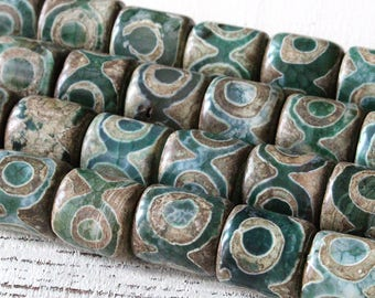 Tibetan Agate Beads - 15x15mm Agate Drum Beads - Jewelry Making Supplies - Large Barrel Beads - Rustic Green Tribal