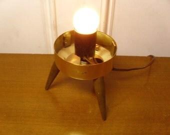 Vintage 1950's/1960's  Tripod Lamp