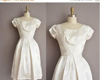 25% off SHOP SALE... 50s  white rose print vintage party dress / vintage 1950s dress