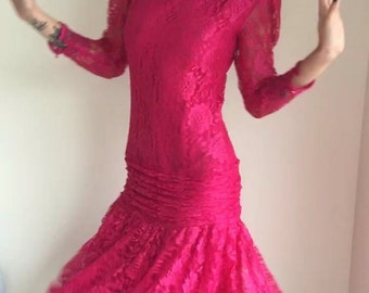ON SALE vintage 80s lace dress / dropped waist/ raspberry pink/ fuchsia pink/ flapper 20s style /prom party 1980s 1990s /downtown abbey TIFF