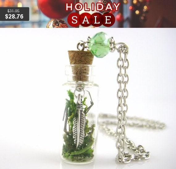 Moss Necklace - Nature Jewelry - Glass Terrarium Jewelry - Nature Necklace - Succulent Terrarium Necklace - Mini Glass Bottle Necklace